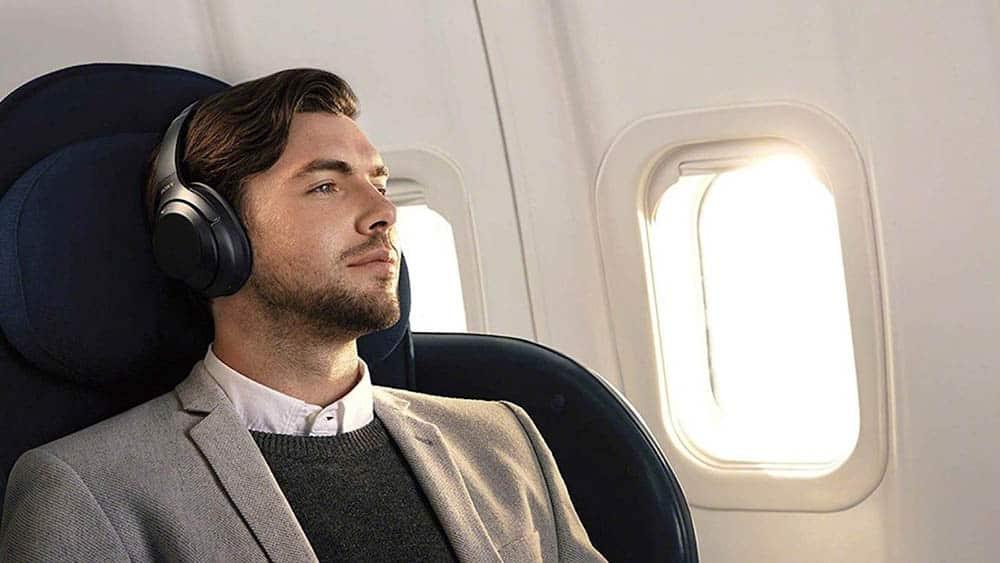 использование блютуз наушников в самолете
