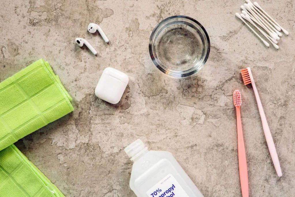 средства для чистки наушников в домашних условиях